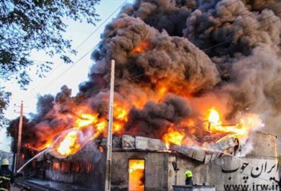 آتشسوزی کارگاه مصنوعات چوبی در اهر