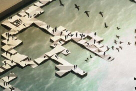 اسکله شناور در شهر ازمیر ساخته شده از الوار چوب