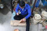 آمیزه هنر و صنعت در تکه ای چوب/ لزوم توجه منابع طبیعی به صنعتگران چوب